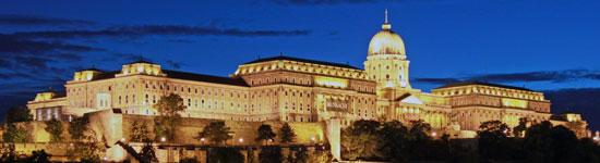 Boedapest_monumenten-overzicht-kasteel.jpg
