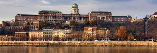Boedapest_monumenten-paleis-g1.jpg