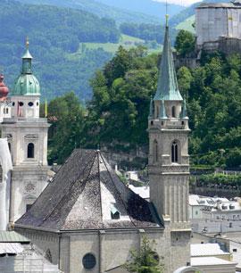 Salzburg_monumenten-Franciskanerkirche.jpg